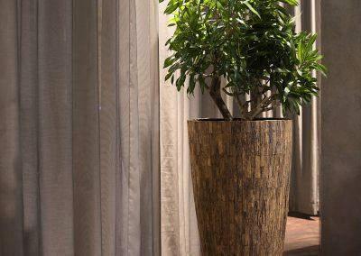 Bosco Vase Medium Cemani
