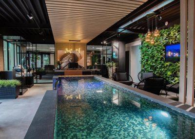Groene wand en binnenbeplanting zwembadbouw